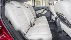Ford Kuga: dietro si sta comodi anche in 5