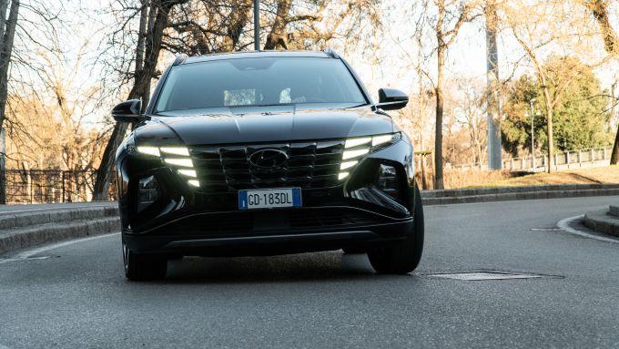 Ford Kuga vs Hyundai Tucson: il SUV coreano ha un motore potente e non consuma tanta benzina