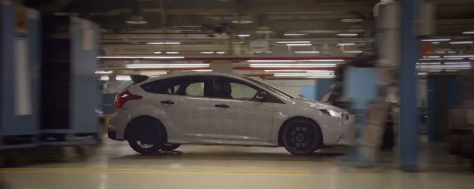 Ken Block guida la nuova Focus RS. A modo suo