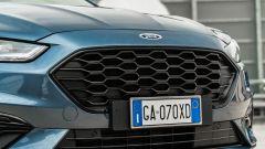 Ford Mondeo 2020 Hybrid Wagon, dettaglio della calandra