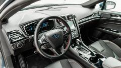Ford Mondeo 2020 Hybrid Wagon, il posto di guida