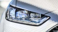 Ford Mondeo Vignale 2017: i fari full led di serie
