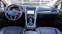 Ford Mondeo Vignale 2017: l'abitacolo è rivestito totalmente in pelle Windsor
