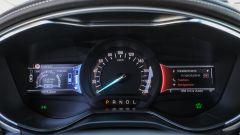 Ford Mondeo Vignale 2017: strumentazione con due schermi Lcd