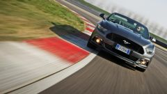 Ford Mustang Cabrio 5.0 V8  - Immagine: 11