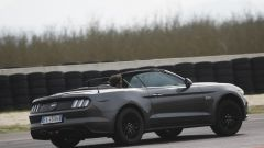 Ford Mustang Cabrio 5.0 V8  - Immagine: 18