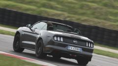 Ford Mustang Cabrio 5.0 V8  - Immagine: 20