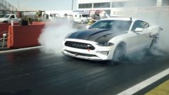 Ford Mustang Cobra Jet 1400: il dragster elettrico in video