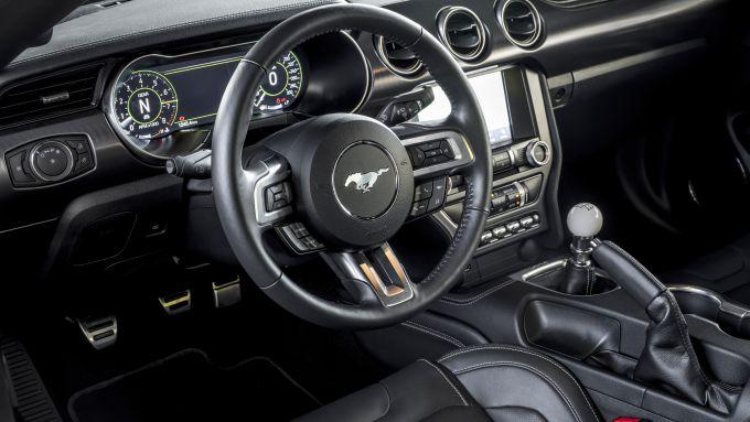 Ford Mustang Mach 1 2021: interni