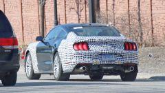 Ford Mustang Mach 1: il prototipo camuffato da Bullitt, il posteriore