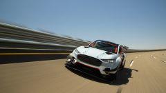 Ford presenta il prototipo Mustang Mach-E 1400: oltre 1400 CV, 100% elettrica - Immagine: 10
