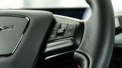 Ford Mustang Mach-e: dettaglio volante