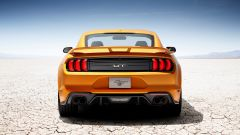 Ford Mustang restyling: il Performance Package porta in dote lo spoiler posteriore