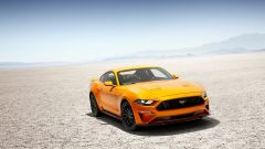 Ford Mustang restyling: nuovi disegni per le prese d'aria