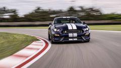 Mustang Shelby GT350: il canto del V8 da corsa - Immagine: 4