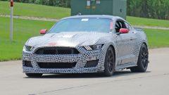 Ford Mustang Shelby GT500, le foto spia. E sotto il cofano... - Immagine: 3