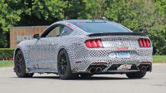 Ford Mustang Shelby GT500, le foto spia. E sotto il cofano... - Immagine: 11