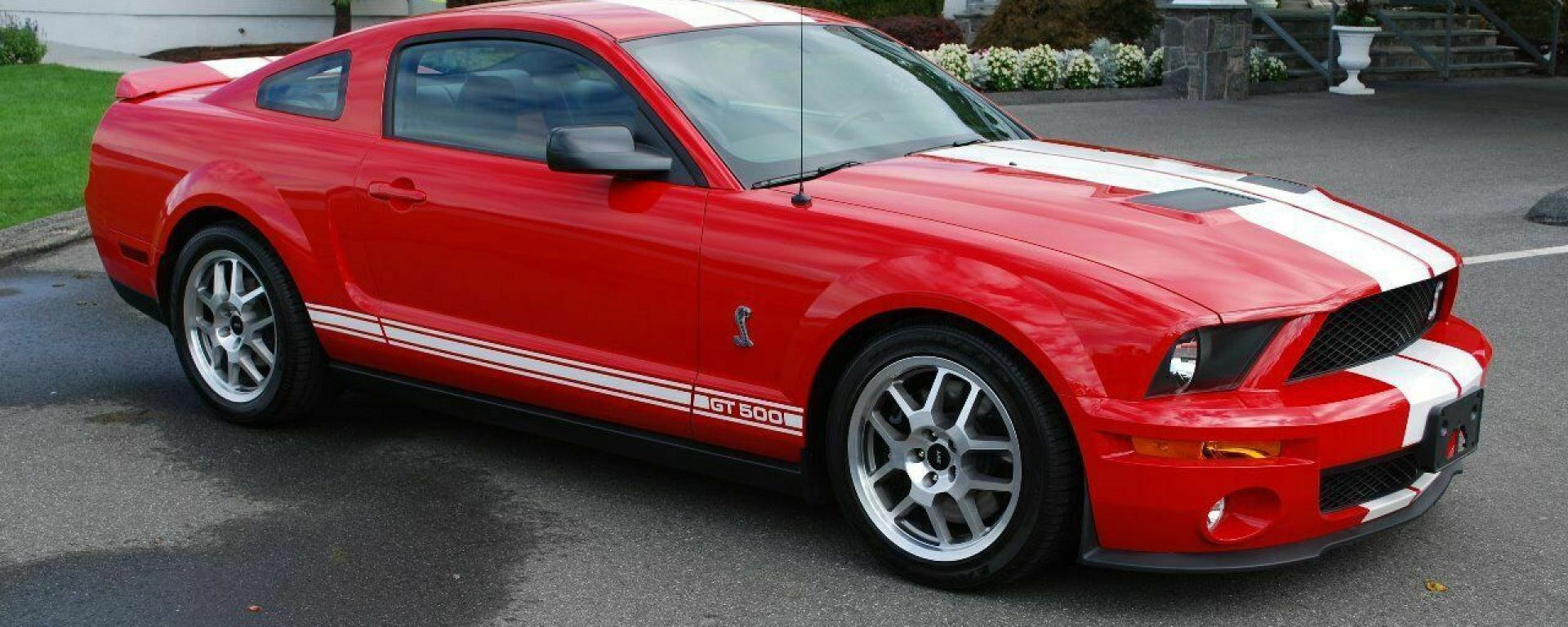 Ford Mustang Shelby GT500: 3/4 anteriore