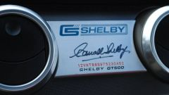 Ford Mustang Shelby GT500: la firma di Carroll Shelby