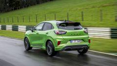 Ford Puma ST: un crossover compatto che si trova a suo agio in pista