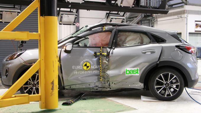 Ford Puma - test Euro NCAP di impatto laterale dopo l'impatto