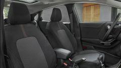Ford Puma Titanium X, le sedute anteriori