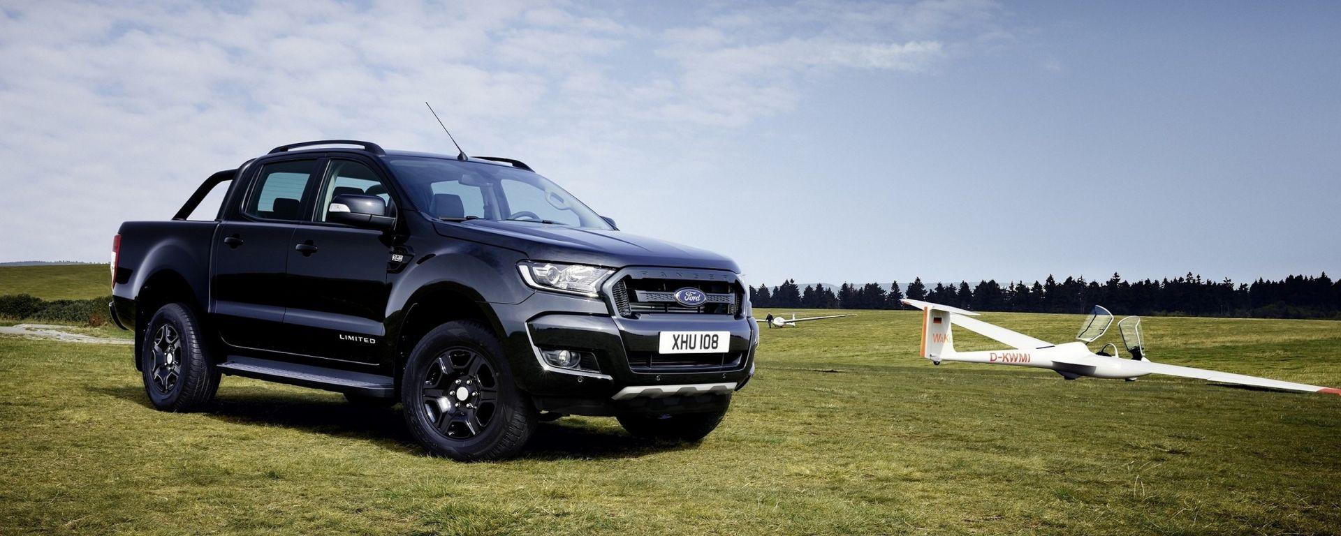 Ford Ranger Black Edition, serie speciale per Francoforte