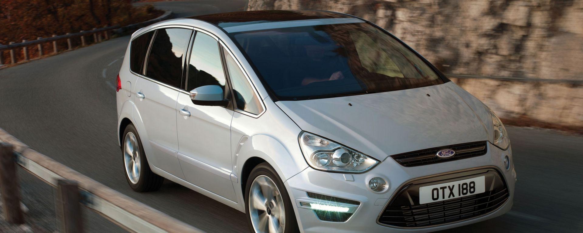 test drive ford s max 2 0 ecoboost motorbox. Black Bedroom Furniture Sets. Home Design Ideas