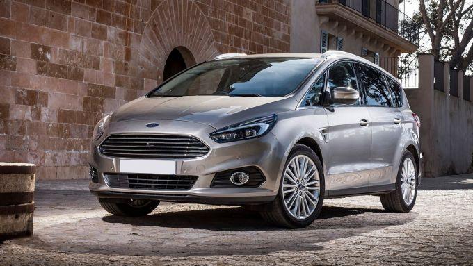 Ford S-Max 2019, il nuovo stile