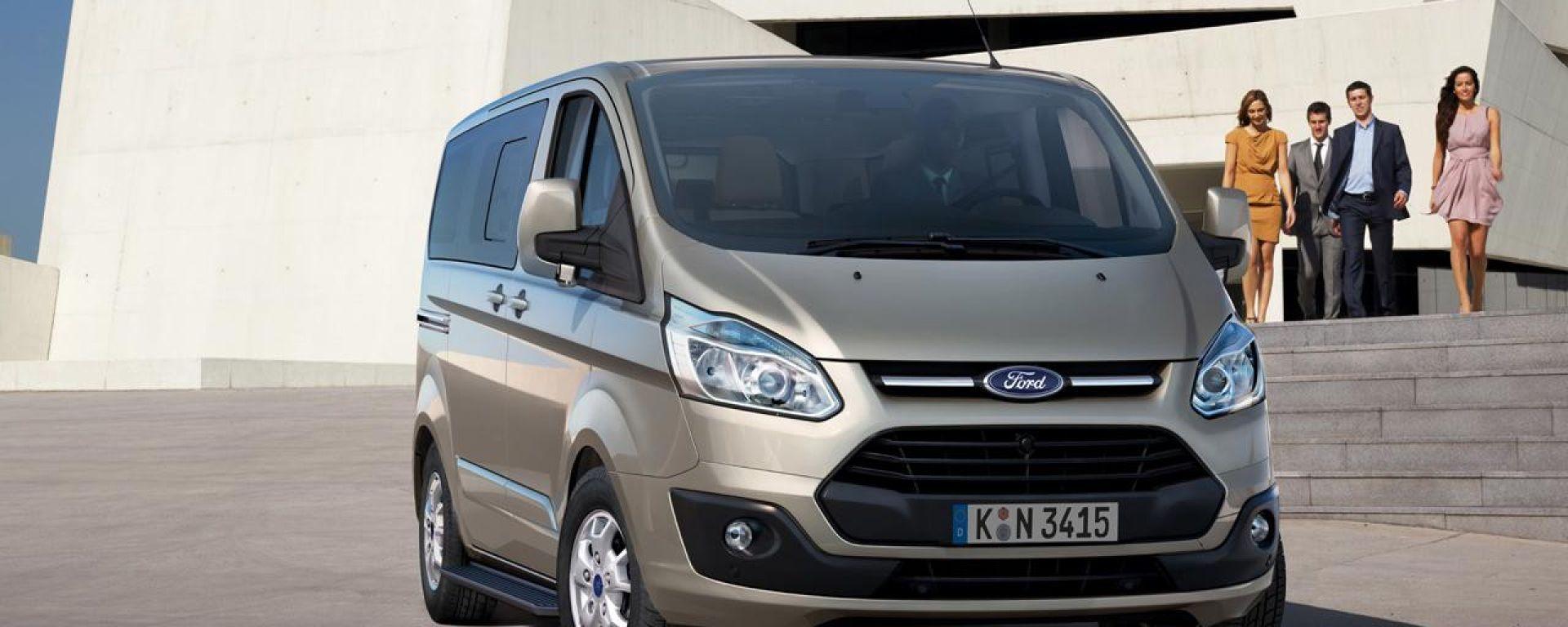 Ford Tourneo Custom: arriva la versione di serie