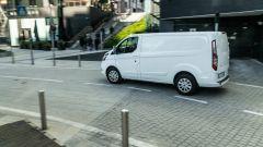Ford Transit Custom Plug-in Hybrid: 4,97 metri di lunghezza