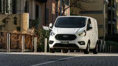 Ford Transit Custom Plug-in Hybrid: dopo il mild hybrid anche la versione PHEV