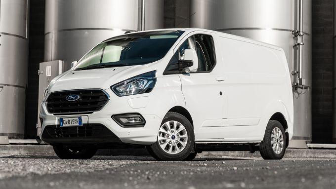 Ford Transit Custom Plug-in Hybrid: la prova