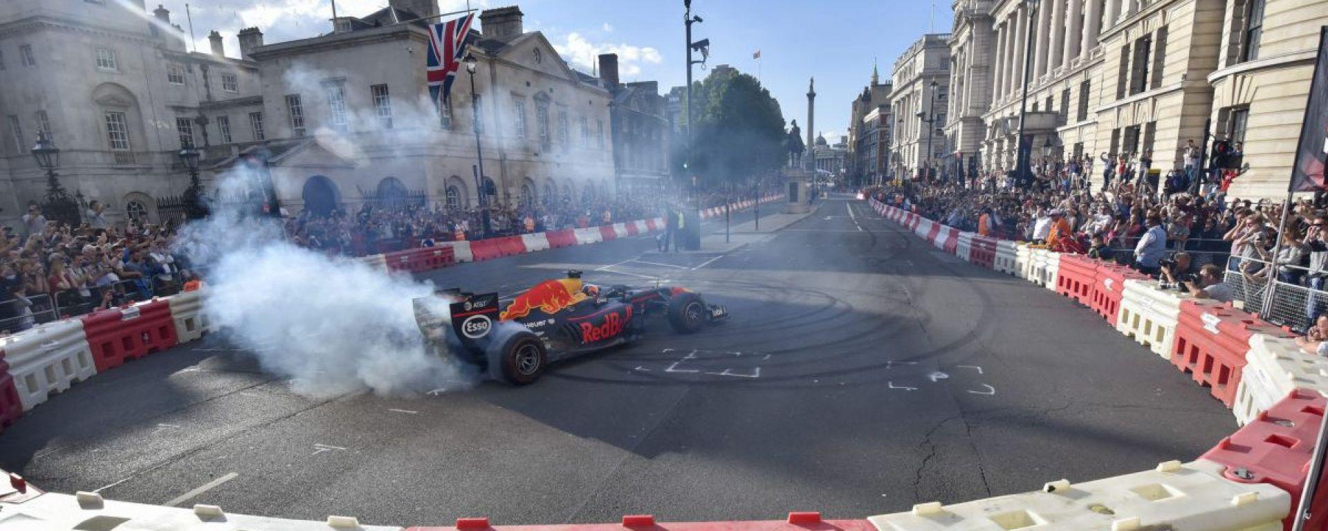 Formula 1, il GP della Gran Bretagna vira verso Londra