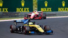 Formula 2, Feature Race Budapest 2019: Luca Ghiotto si difende da Mick Schumacher