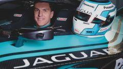 Formula E 2019-2020, James Calado all'interno dell'abitacolo della sua Jaguar