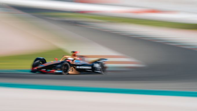 Formula E 2019-2020, test Valencia Day-1 pomeriggio: Vergne (Ds Techeetah) chiude quinto