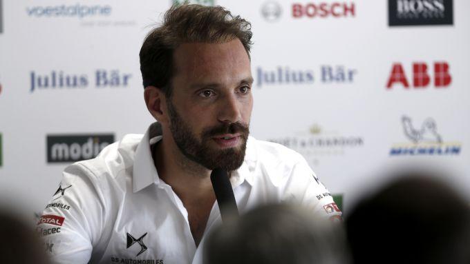 Formula E 2019-2020, test Valencia: Jean-Eric Vergne (DS Techeetah) in conferenza stampa