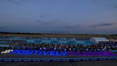 Il video annuncio dell'iniziativa #PositivelyCharged Formula E