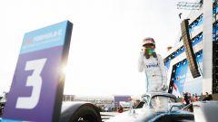 Formula E, ePrix Ad Diriyah 2019: l'esultanza di Vandoorne (Mercedes) sul podio