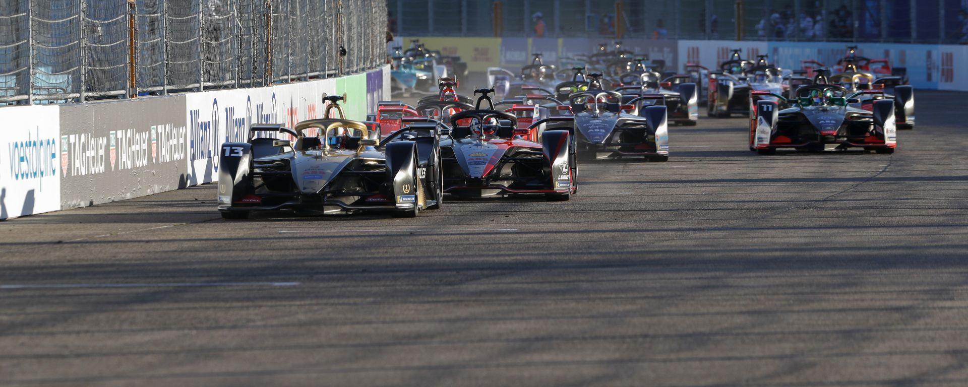 Mondiali 2021 Calendario Gruppo H Formula E, primi rinvii al calendario 2021 per Covid   MotorBox