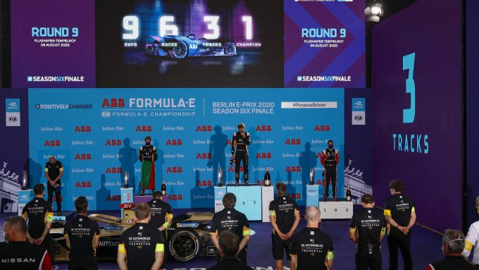 Formula E ePrix Berlino-4 2020: il podio con Vergne e Da Costa (Ds Techeetah) insieme a Buemi