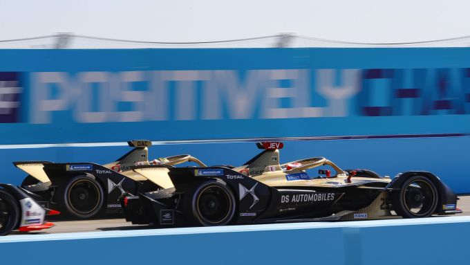 Formula E ePrix Berlino-5 2020: le due DS Techeetah nel traffico in qualifica
