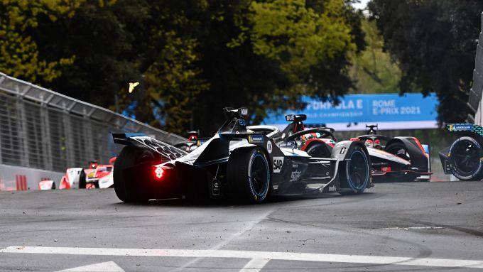 Formula E ePrix Roma 2021: l'incidente di Di Grassi (Audi), Vandoorne e De Vries (Mercedes)