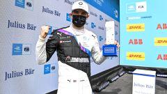 Formula E ePrix Valencia 2021: Jake Dennis (Bmw i Andretti Motorsport) esulta per la pole position