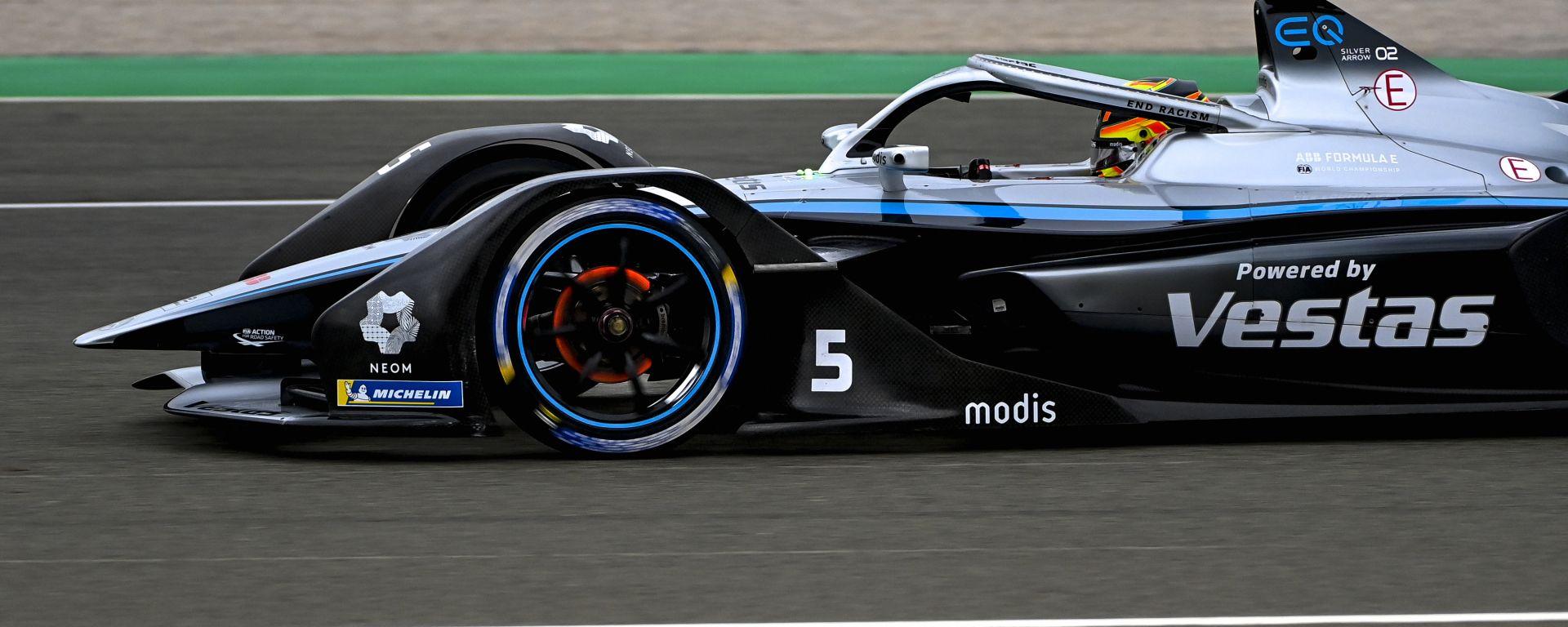 Formula E ePrix Valencia 2021: Stoffel Vandoorne (Mercedes) durante le qualifiche