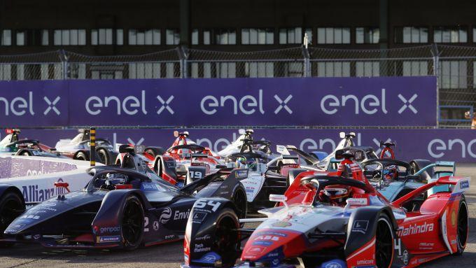 Formula E, la partenza dell'ePrix di Berlino 2020