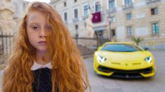 Foto dalla campagna di Letizia Battaglia per Lamborghini
