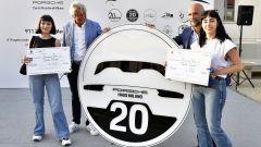 Francesca Ferro e Fabiola Fraula. Il logo celebrativo dei 20 anni di Porsche Haus è il loro