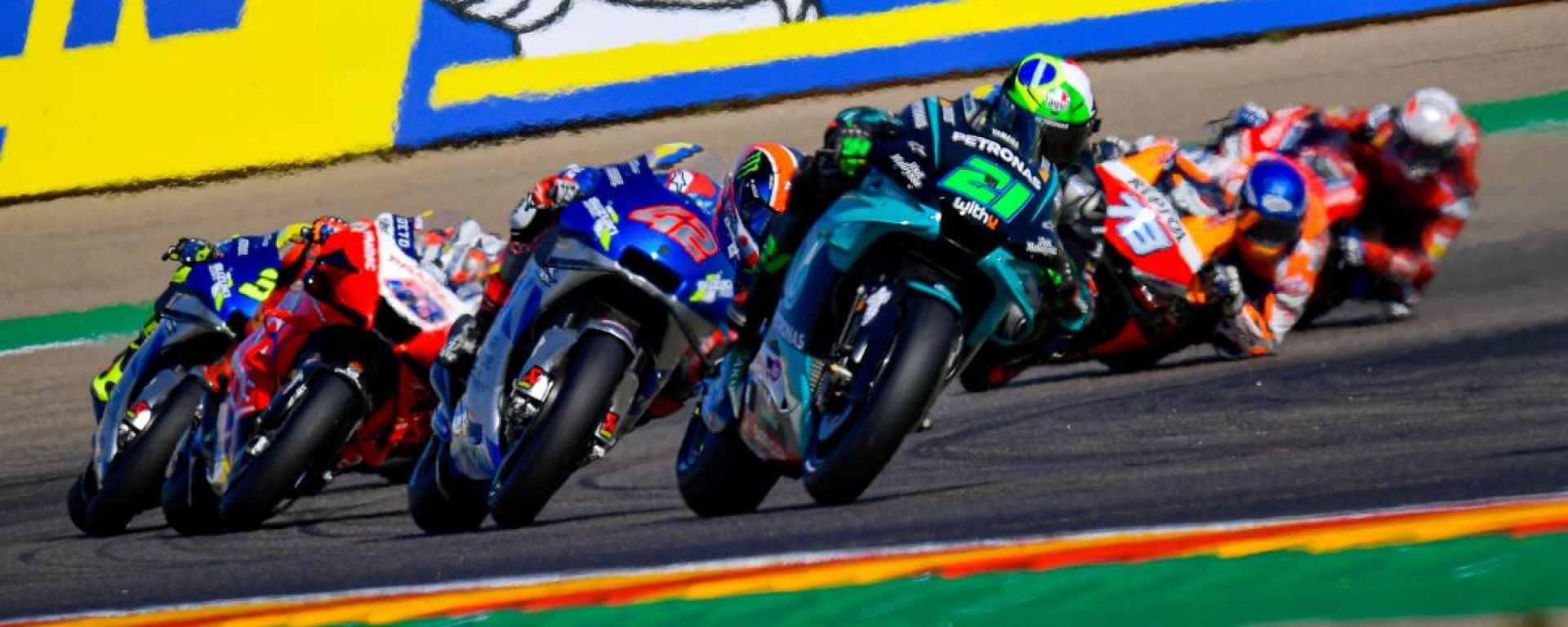 Franco Morbidelli (Yamaha) guida il gruppo ad Aragon